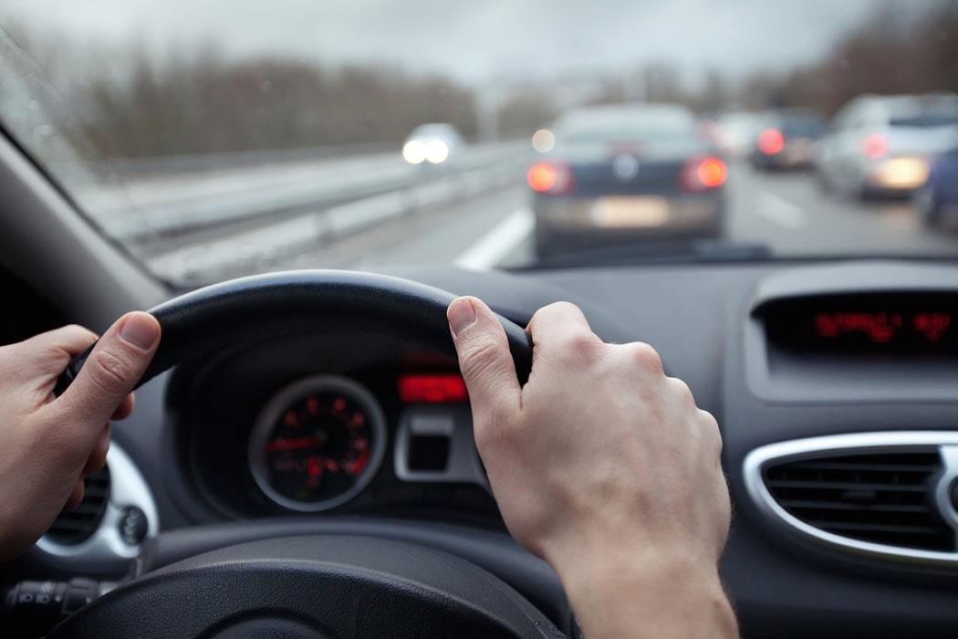 Bezpieczna jazda samochodem